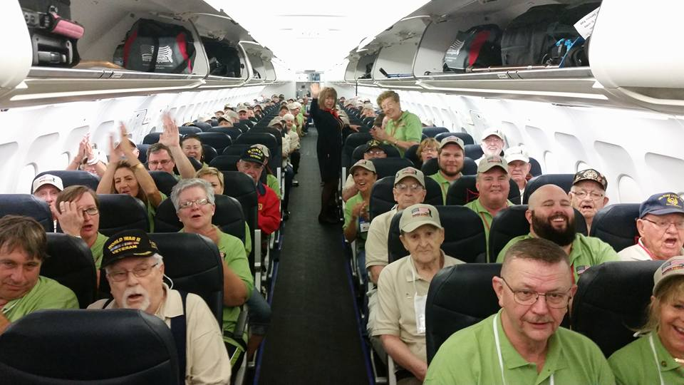 Mission 26 Vets and Guardians on the plane, which took off at 6:15am!